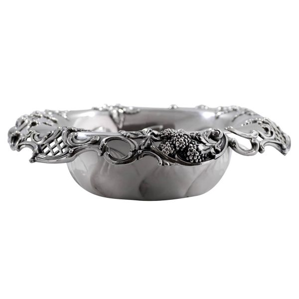 Tiffany & Co. Sterling Silver Bowl Pierced in Raspberry pattern c.a. 1902
